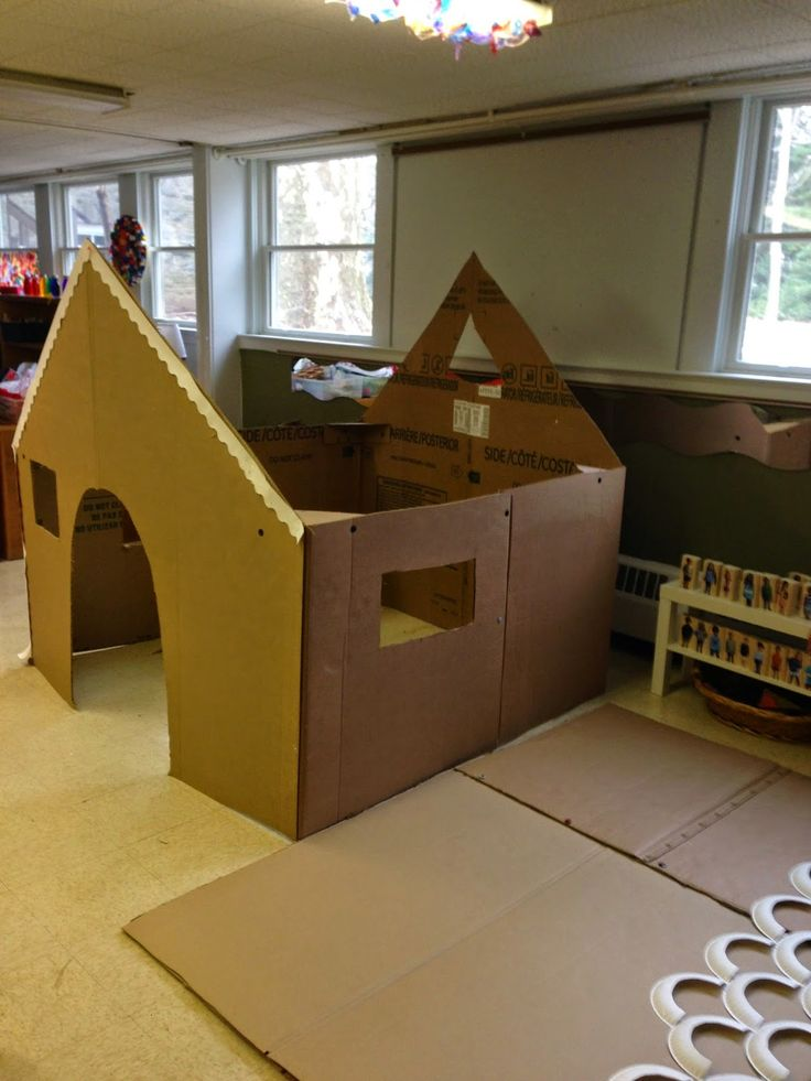 Some good tips on making large structures from cardboard boxes.  Mrs. Goff's Pre-K Tales: Our Life-Size Gingerbread House