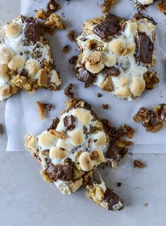 chocolate chip s'mores bars from @how sweet eats