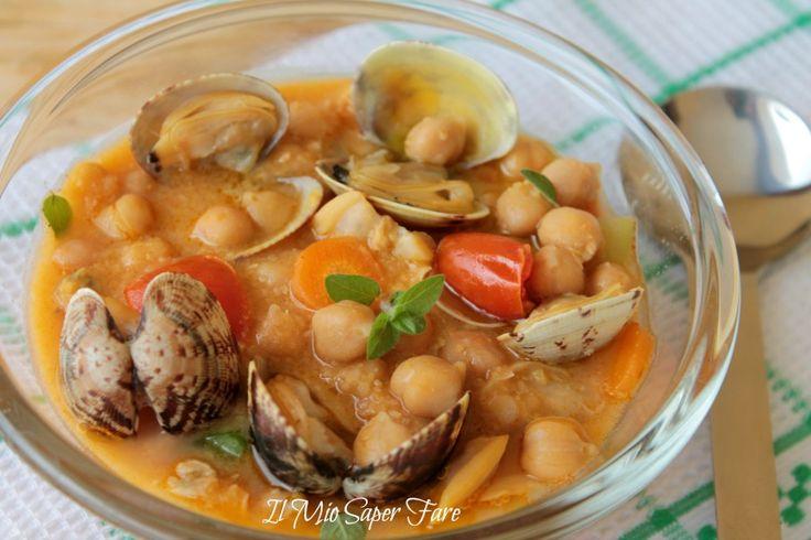 Zuppa ceci e vongole ricetta facile. ricca di gusto e versatile. Possiamo gustare la zuppa ceci e vongole con o senza pasta.Ricetta rivista Giallo Zafferano