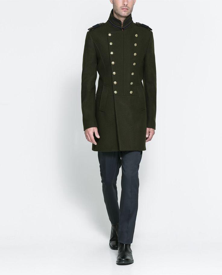 Grüner militärischer Mantel von Zara