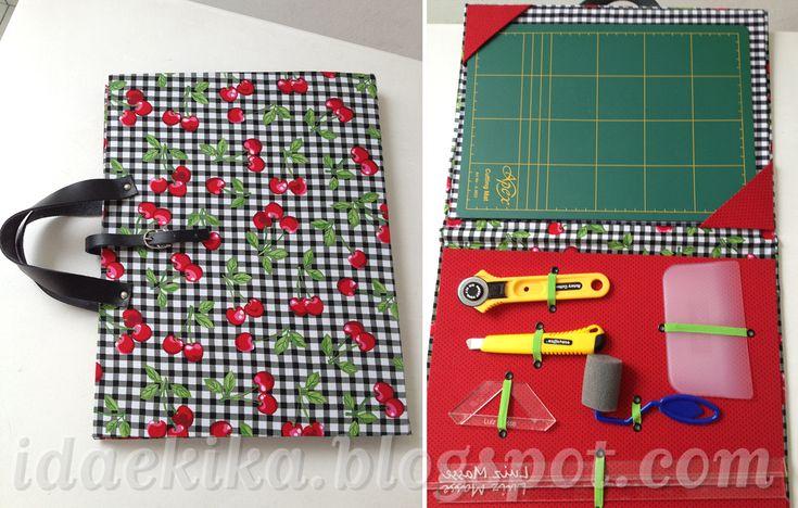 Pasta para o material das aulas de cartonagem, feita pela nossa aluna Mariana, em cartonagem e tecidos.