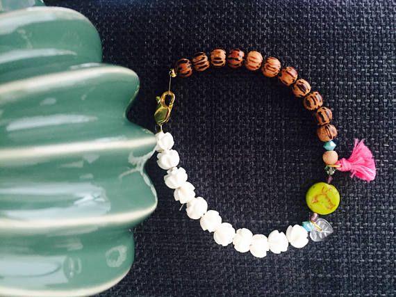 Bracelet perles vert anis avec impression oiseau