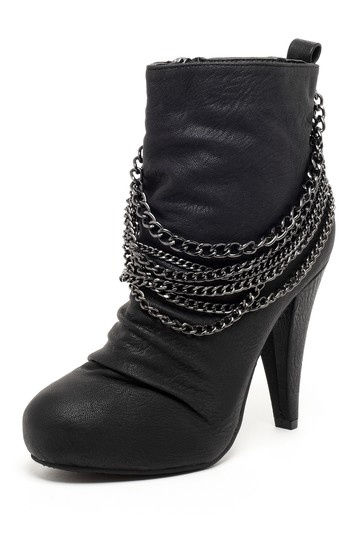 GC Shoes Hip Chained Ankle Boot