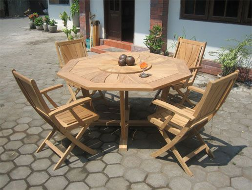 Octa Radiant Dining Table. Eight edges dining table, completed with four Radiant Folding Arm Chair for your outdoor dining furniture. #teakwood #outdoor #teakfurniture #diningtable #dining #diningchair www.segoromas.com