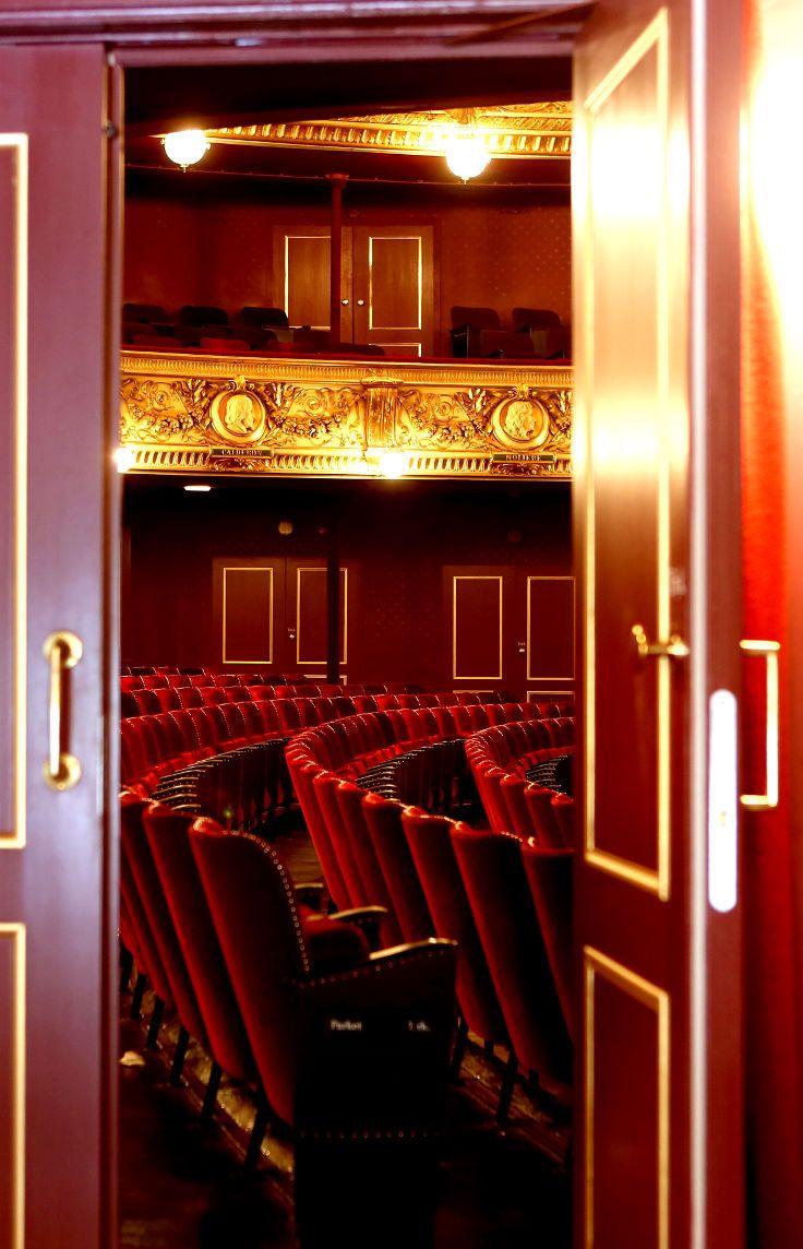 Vahle acoustic replica doors | Royal Danish Theatre