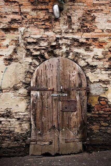 how beautiful are old wooden doors??