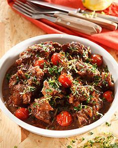 Oxtail with red wine - #Recipe