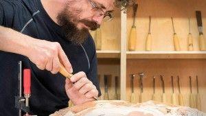 Wood Carving School of Alexander Grabovetskiy School of Wood Carving, Skool vir Wood Carving, Shkolla e gdhendje në dru, Wood Carving School,  Egur taila Eskolan, Escola de Tallat en Fusta, School sa pagkulit sa kahoy, Scuola di scultura di Wood, Škola drvorezbara, School of rezbárství School of Houtsnijwerk Lernejo de Wood Carving, School of Puidunikerdamine, School of Ukuqopha ukhuni, School of Igi gbígb?,  Skoalle of houtfykjen, School of ukhuni, Skoalle of houtfykjen Ysgol o Cerfio Pren…
