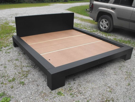 KIng size platform bed by Quarrydesigns on Etsy, $525.00
