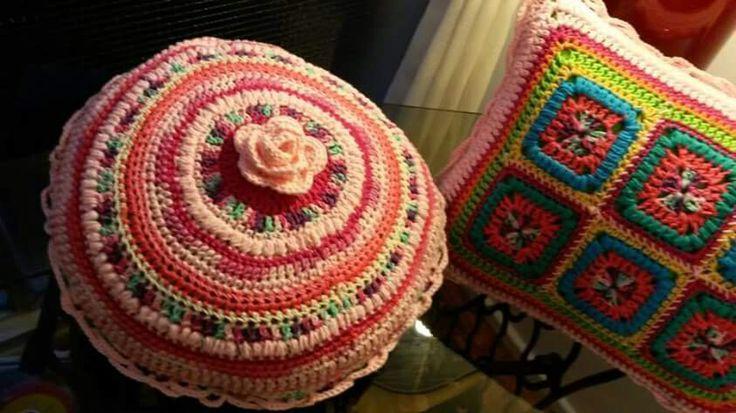 Almohadones flor rosa