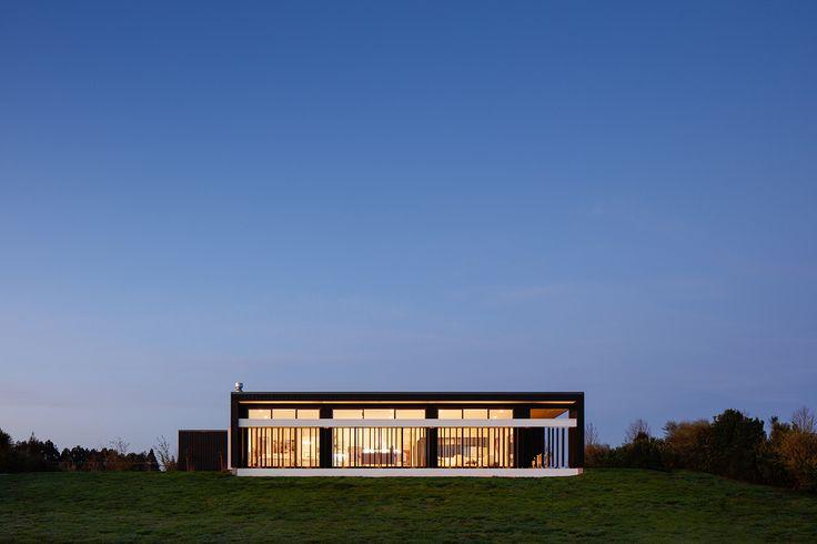 A stunning modern house designed by Daniel Casas from Casas Design+ #ADNZ #architecture #house