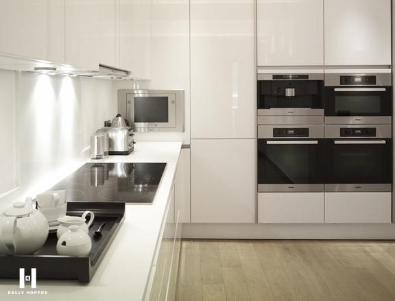 kelly hoppen for regal homes hyde park gardens. Black Bedroom Furniture Sets. Home Design Ideas