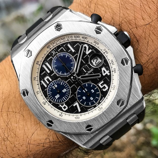 Ap Royal Oak Offshore With Black And Blue Dial Hot Or Not 15500