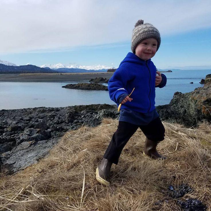Eve Kilcher: Ready for #adventure. @eivin_kilcher  #homesteadkitchen #homesteading #atlf #alaskatlf #alaska #bayweldboats #fishingalaska #fishing #beachday #naturekids #wildandfree #boatbaby #boatlife