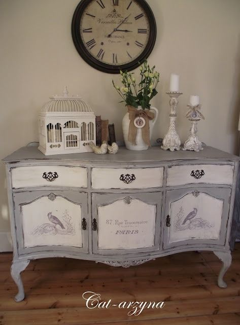 100+ Awesome DIY Shabby Chic Furniture Makeover Ideas ⋆ Crafts and DIY Ideas #shabbychicdressersmakeover #shabbychicdressersideas