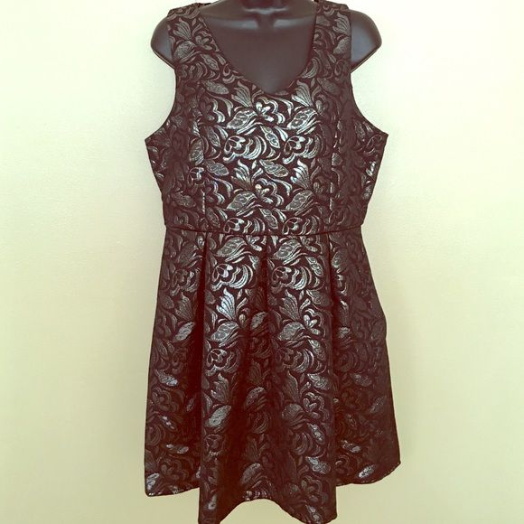 Metallic Cocktail Dress NWT Black and silver vintage floral pattern. New with tags, size large one clothing Dresses Mini