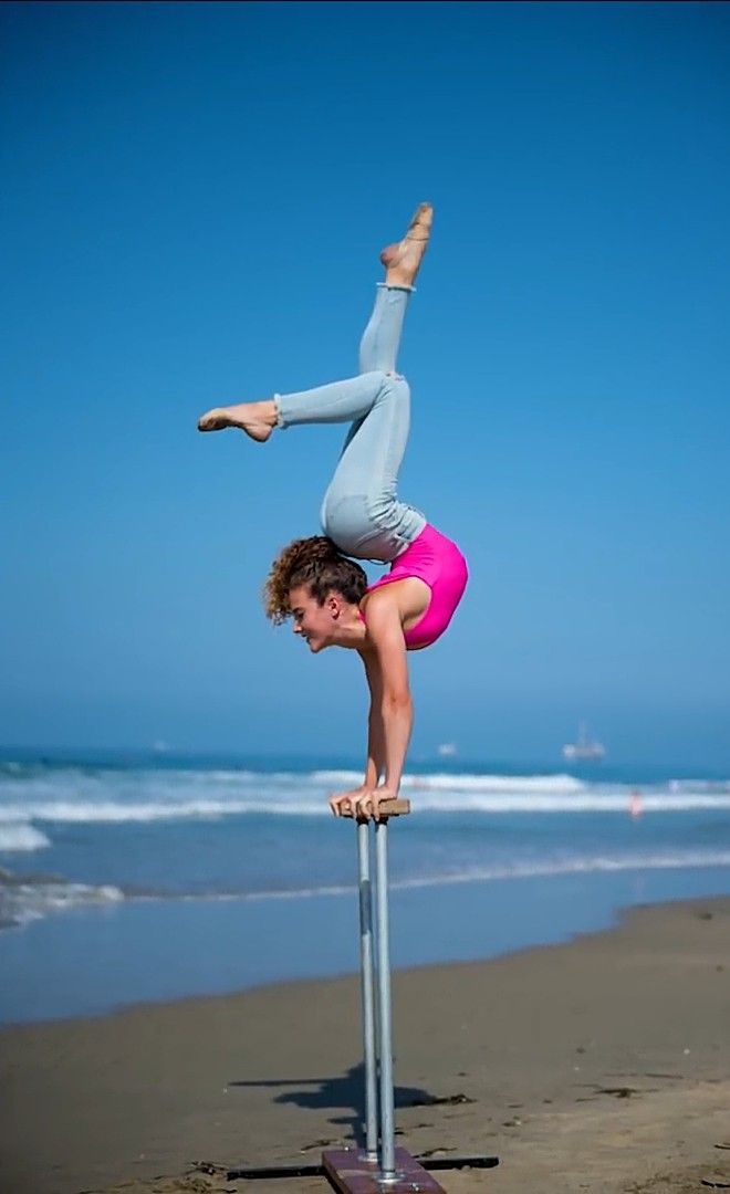 Sofie dossi is so awesome in 2019 gymnastics poses gymnastics photography amazing gymnastics - Sofie dossi gymnastics ...