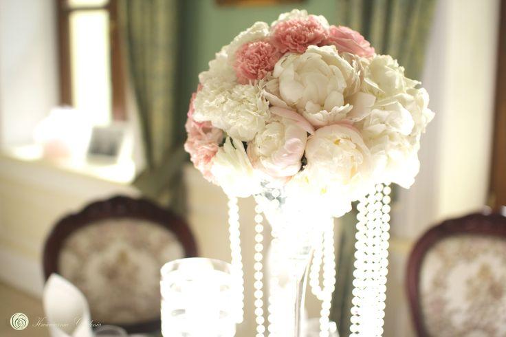 peonies, wedding table decorations