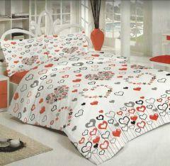 Yatak odalarınız Gülev nevresim takımları ile artık çok daha canlı, daha renkli oluyor. Çift Kişilik Nevresim, çarşaf ve iki yastık klıfından oluşan sette kanserojen içermeyen boya maddesi kullanılmış.