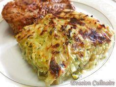 Gratin de legumes Un gratin de pommes de terre et de courgettes facile à préparer. Les légumes sont râpés et agrémentés de crème fraiche. Il accompagne à merveille les viandes grillées comme les côtelettes par exemple, le poisson également. Ingrédients: 5 pommes de terre 2 courgettes 1 oignon 1 petite gousse d'ail 1 c à s d'huile d'olive 2 c à s bombées de crème épaisse 3 c à s de lait 1 oeuf 50 g de fromage râpé (facultatif) Sel Poivre 1 pincée de cumin (facultatif) Persil, thym ou autres…