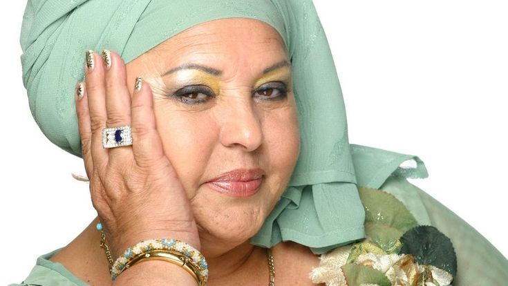 Preminula Esma Redžepova, Queen of World Gipsy Music