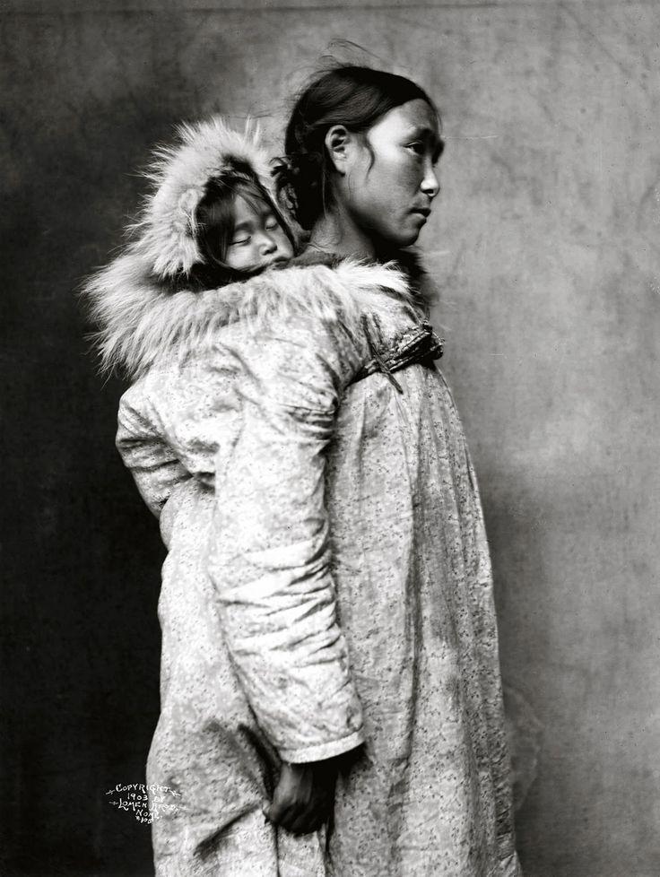 Inuit Mother & Child / Lomen Brothers via eva truffaut
