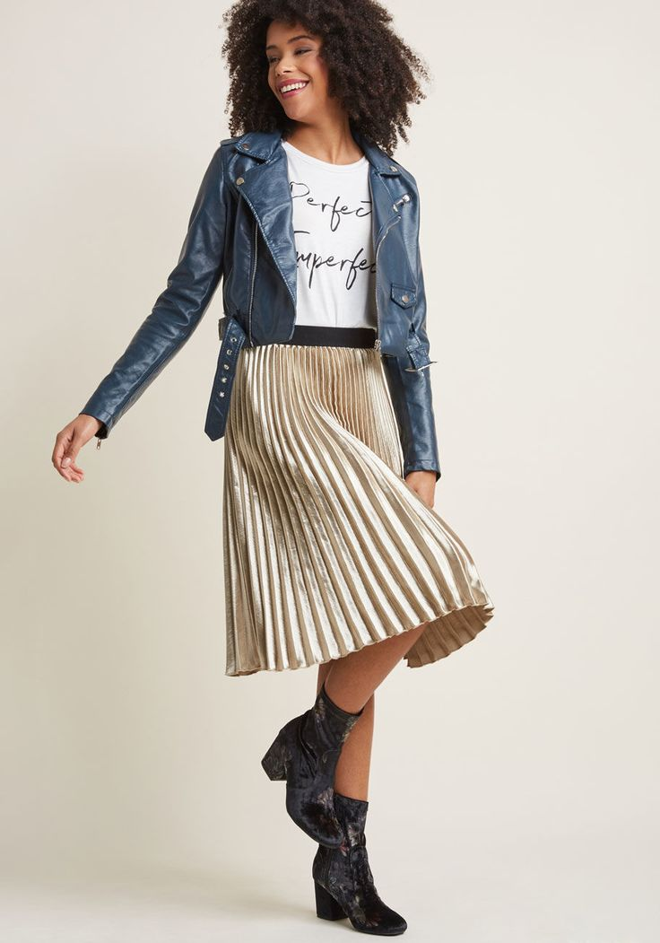 best 25 satin skirt ideas on pinterest maxi skirt formal ballet fashion and silk skirt. Black Bedroom Furniture Sets. Home Design Ideas