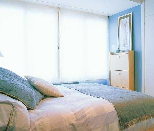 Best 25  Light blue bedrooms ideas on Pinterest   Light blue walls  Blue  bedroom and Light blue roomsBest 25  Light blue bedrooms ideas on Pinterest   Light blue walls  . Blue Bedroom Colors. Home Design Ideas