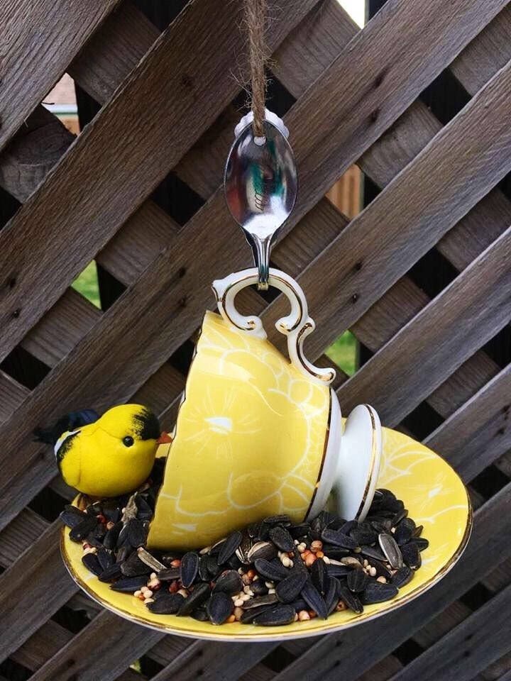A personal favorite from my Etsy shop https://www.etsy.com/ca/listing/523424034/yellow-and-white-cauldon-teacup-bird