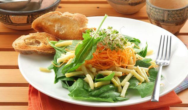 Salată uşoară cu fasole galbenă #rețete #vapeur