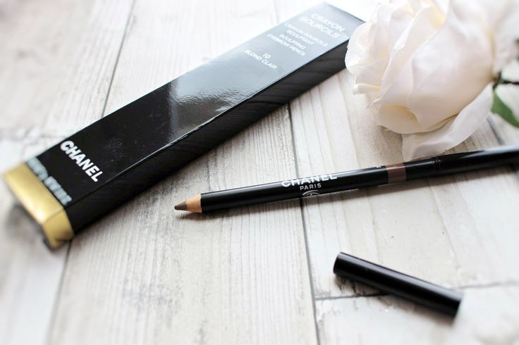 CHANEL SCULPTING EYEBROW PENCIL URBAN DECAY    NAKED SKIN SHAPESHIFTER PALETTEKAT VON D    EYESHADOW REVIEW