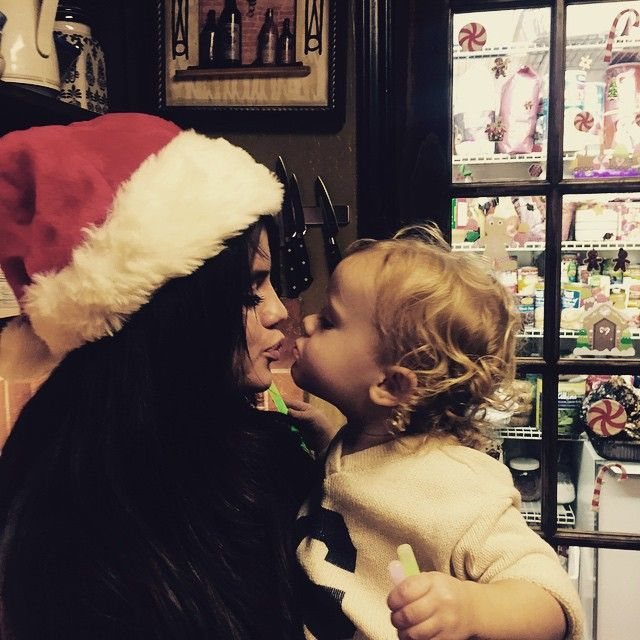Aww Selena Gomez and her little sister Gracie Gomez Merry Christmas Selena Gomez and Gracie Gomez