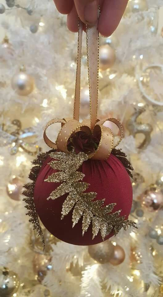 Burgundy ornament... my new obsession... i love this color