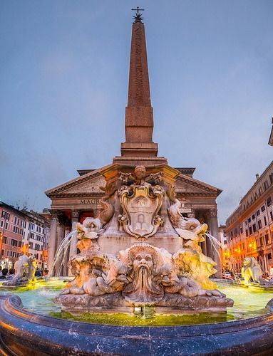 Rome, Piazza della Rotonda - Pantheon