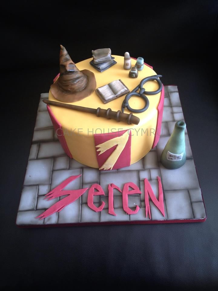 1000 Images About Harry Potter Fondant Cake On Pinterest