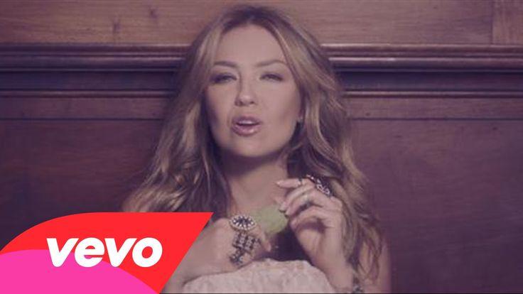 Thalía - Por Lo Que Reste de Vida (Official Video)