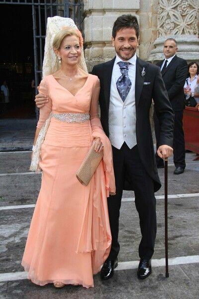 Sin duda, la madrina la más elegante en la boda de David de María.