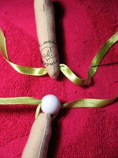 Блог о текстильных шарнирных куклах ручной работы: МК Крепление локтевых и коленных суставов текстильной шарнирной куклы