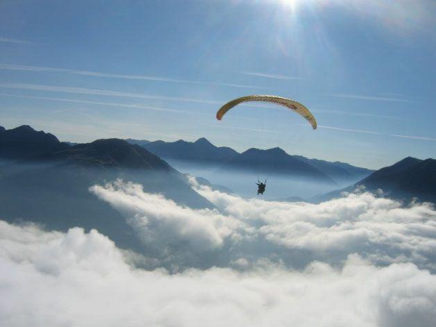 Vol en parapente dans les Pyrénées #voyage #france #pyrenees