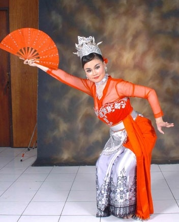 Bajidor Kahot dance, West Java