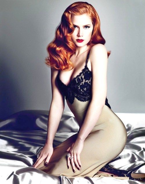 12. Brunettes and Red Heads - 20 Beauty Tips for Pale Skin ... → Beauty