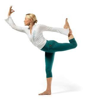 Capri yoga legging in colour Ocean. 100% Organic Hemp from Happy Buddha at The Nordic Angel Lifestyle Boutique.