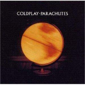 アーティストグループ・コールドプレイのデビューアルバム「パラシューツ」。