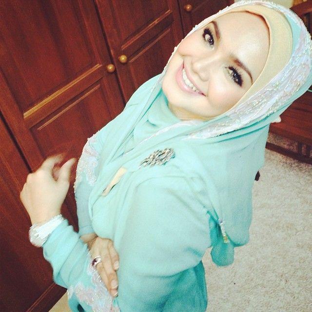 So beautiful Siti Nurhaliza...