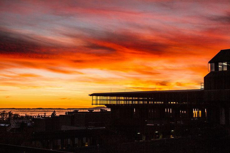 Vancouver // Sunset at Simon Fraser University // Silhouette of SFU // Image by Ray Urner // http://www.rayurner.com