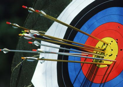 Advantages on start from young in archery . fix on correct posture and sharp the mind