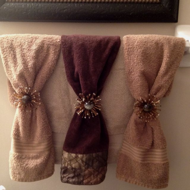Funky napkin rings as decorative towel bling!