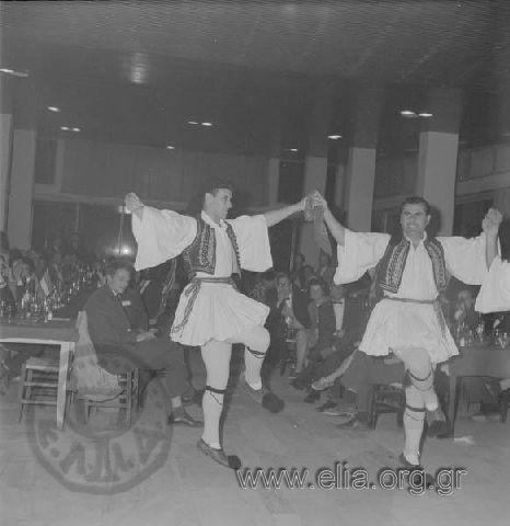 Εκδήλωση του Λυκείου Ελληνίδων στο Ναυτικό Όμιλο. Υπάρχων Τίτλος ΛΥΚΕΙΟΝ ΕΛΛΗΝΙΔΩΝ ΕΙΣ ΤΟΝ ΝΑΥΤΙΚΟΝ ΌΜΙΛΟΝ, 22/11/62. Χρονολογία 1962 Αρχείο/Συλλογή ΠΑΤΣΑΒΟΣ, ΑΝΤΩΝΗΣ