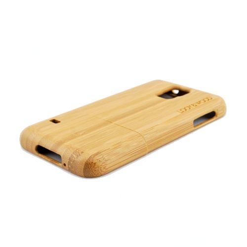 Op zoek naar een natuurlijke look voor jouw Samsung Galaxy S5? Dan is ons houten telefoonhoesje Kanuri hetgeen wat je nodig hebt. Dit hoesje van esdoorn (maple) hout straalt namelijk één en al puurheid uit. Ow ja, de perfecte pasvorm van dit hoesje zorgt ervoor dat jouw Galaxy S5 op de juiste manier beschermd wordt. http://www.looyenwood.nl/product/houten-telefoonhoesje-kanuri/