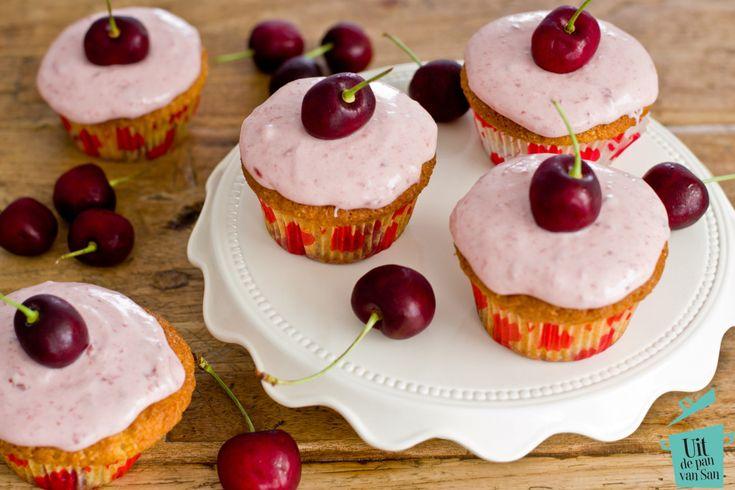Kersen cupcakes - Uit de pan van San